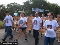 Moradores fecham Acesso Sul em protesto