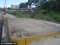 Ônibus escolar cai no Rio Sanga Funda