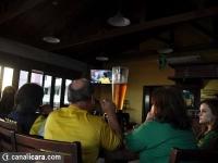 Torcida faz festa em bares e restaurantes