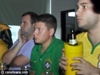 Brasil vence Chile no sufoco e avança