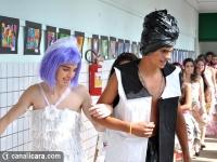 Lixo vira arte em roupas no Salete Scotti
