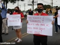 Empresários do setor gastronômico paralisam SC-445 em Içara
