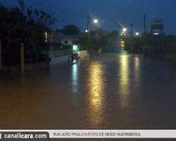 Chuva causa estragos no Presidente Vargas