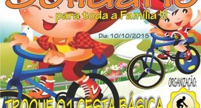 Pedal Solid�rio vai at� a pra�a de I�ara