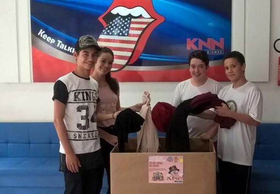 Mobilização de estudantes alcança 300 peças de roupas